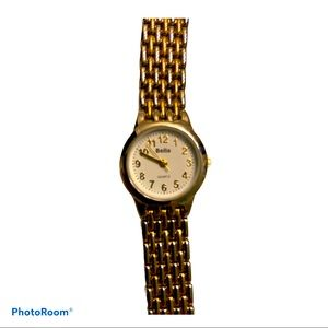 Bella ladies two tier watch Gold and silver color